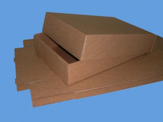 Caja marrón alta